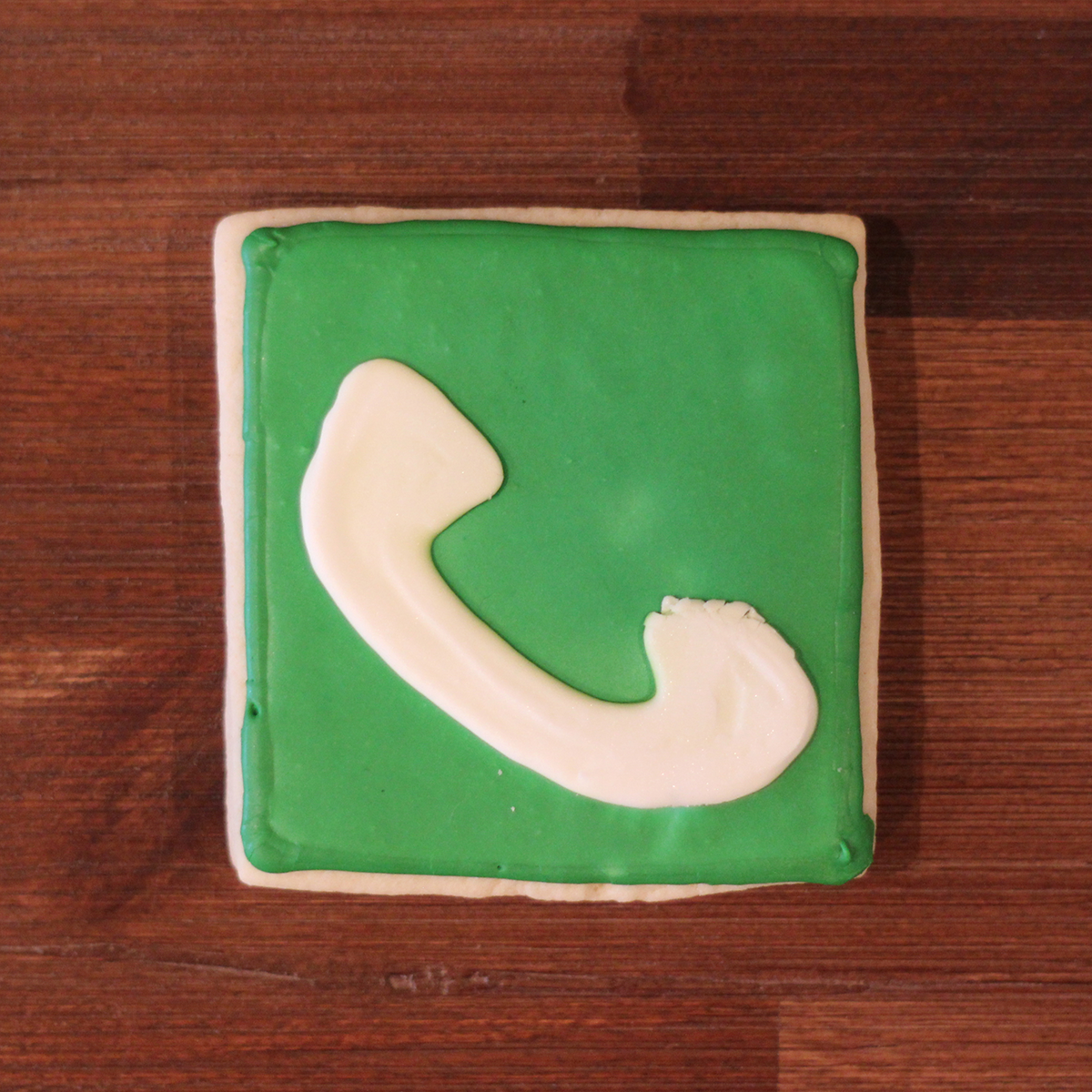 iOS-App-Icon-Cookies-Phone