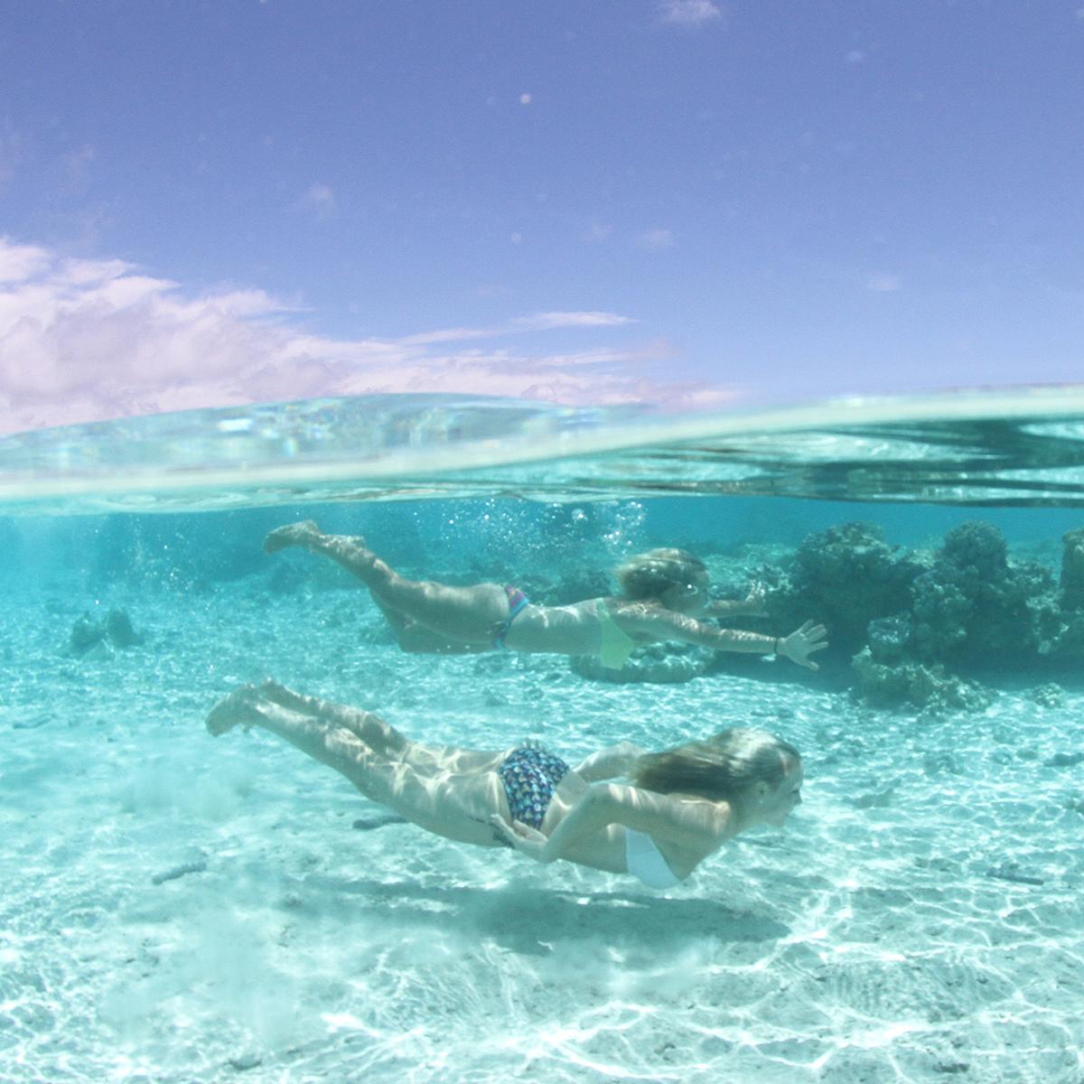 bikini underwater photography