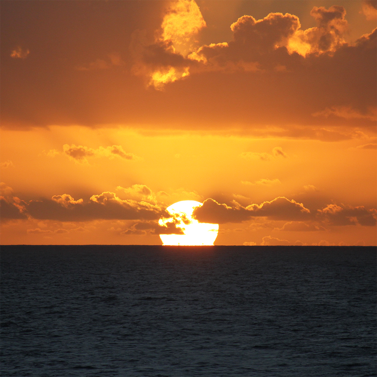 green flash sun set